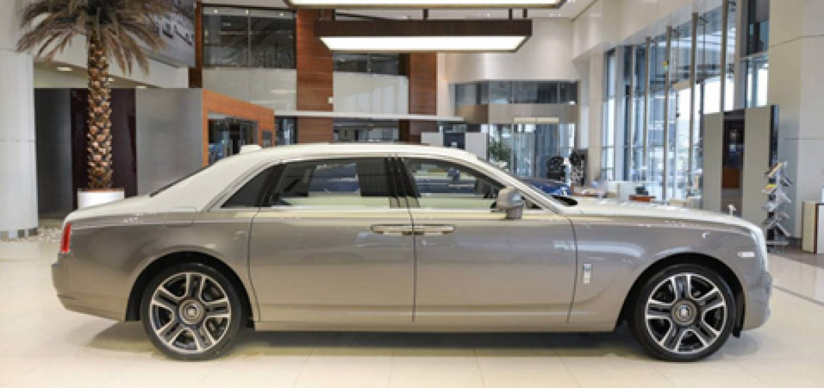 roll-royce-ghost-phong-cach-hoi-giao
