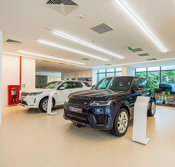 showroom-jaguar-land-rover-tai-ha-noi-oto-com-vn-4-8357