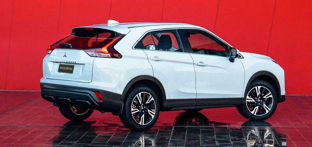 mitsubishi-eclipse-cross-2022-facelift-trinh-lang-ba0d