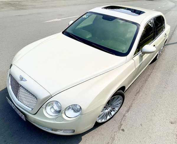 bentley-continental-flying-spur-speed-2009-oto-com-d97a