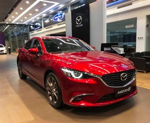 Mazda-6-Premium-doi-2020-duoc-mot-so-dai-ly-giam-gia-hon-100-trieu-dong-m6--4--1616475845-280-width660height495