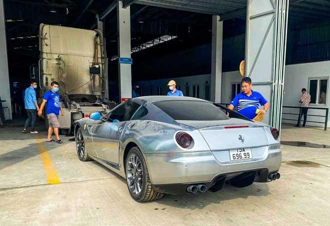 Ferrari 599 GTB về nước trong thời gian này gây khá nhiều bất ngờ