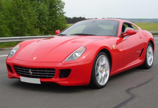 """Ferrari 599 GTB Fiorano từng là siêu xe mạnh nhất trong các dòng xe của thương hiệu """"ngựa chồm"""" nước Ý"""